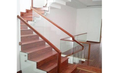 Cầu thang kính 02 tại hải phòng