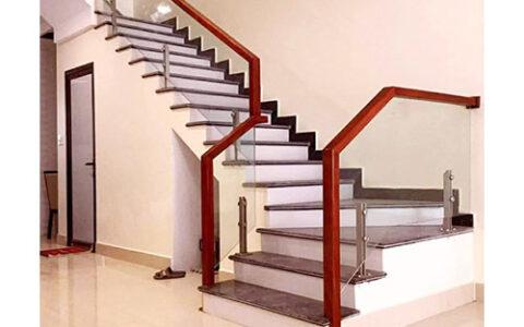 Cầu thang kính 06 tại hải phòng