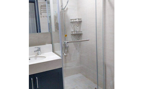 Phòng tắm kính Fendi 09 tại hải phòng
