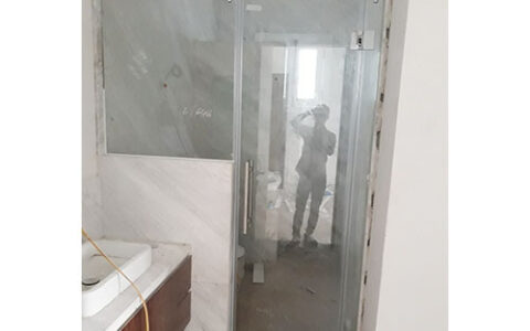 Vách tắm kính cửa mở quay 01 tại hải phòng