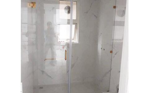 Vách tắm kính cửa mở quay 03 tại hải phòng