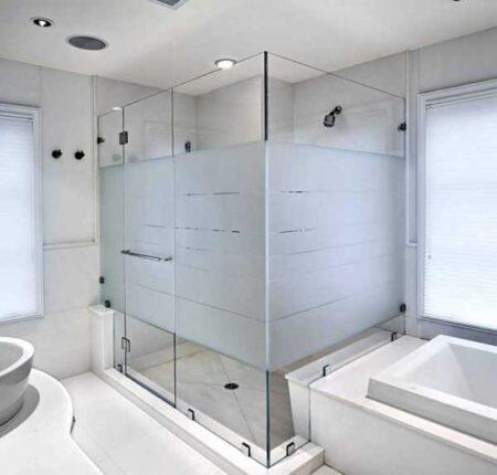 vách ngăn phòng tắm kính hải phòng
